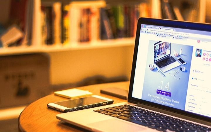 SEVEN WAYS TO MAKE YOUR WEBSITE STAND OUT