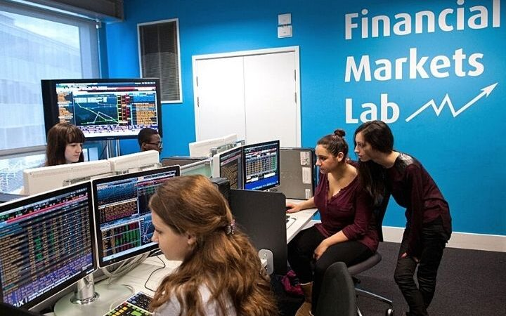 Why Is Completing An MSc Finance A Great Decision?